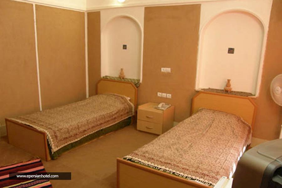 هتل کویر بالی خور اصفهان اتاق دو تخته