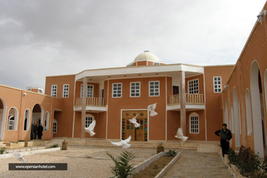 هتل کویر بالی خور اصفهان نما