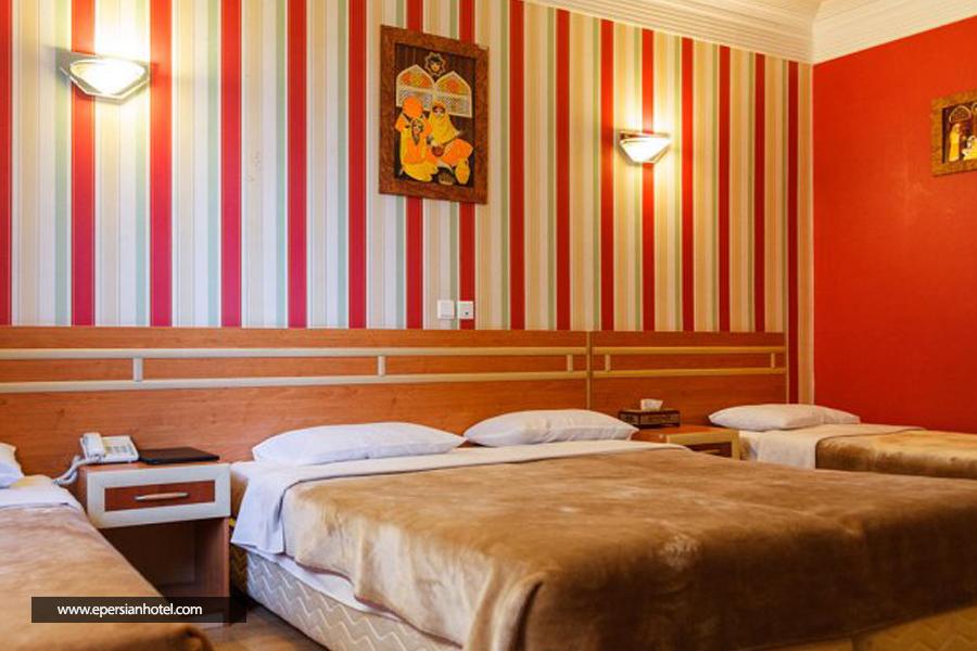 هتل سپاهان class=