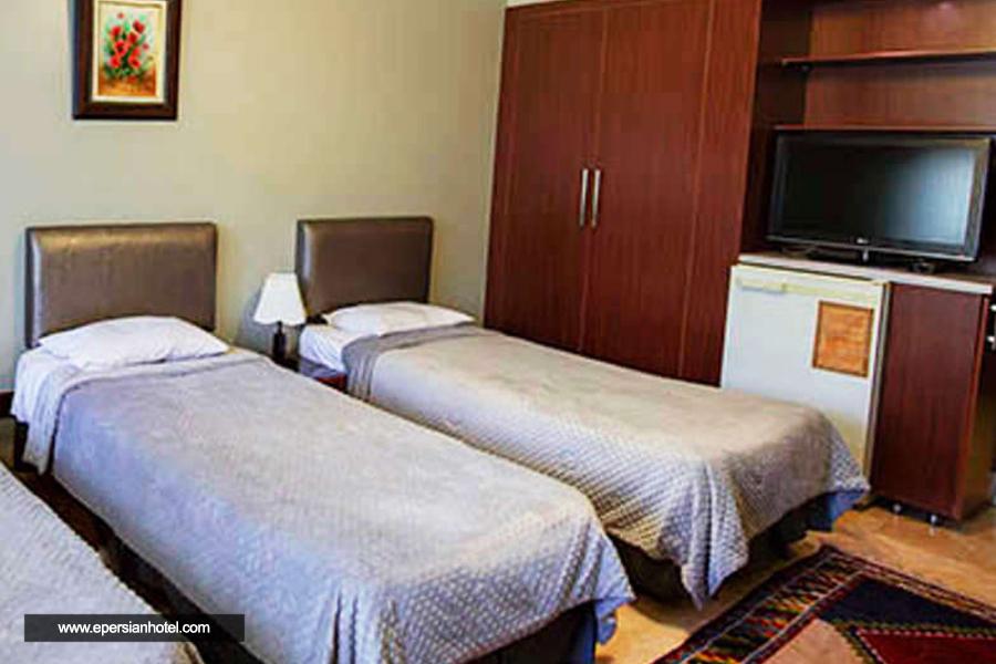 هتل توریست اصفهان اتاق سه تخته
