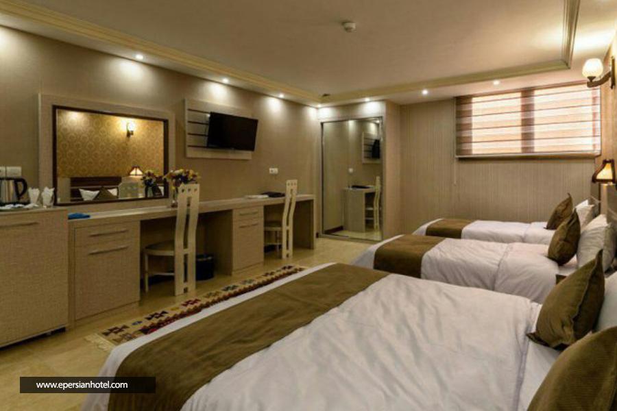 هتل ونوس اصفهان اتاق چهار تخته