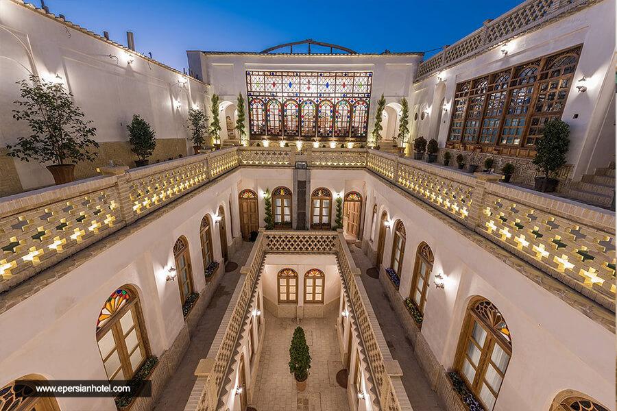 هتل قصر منشی اصفهان نما