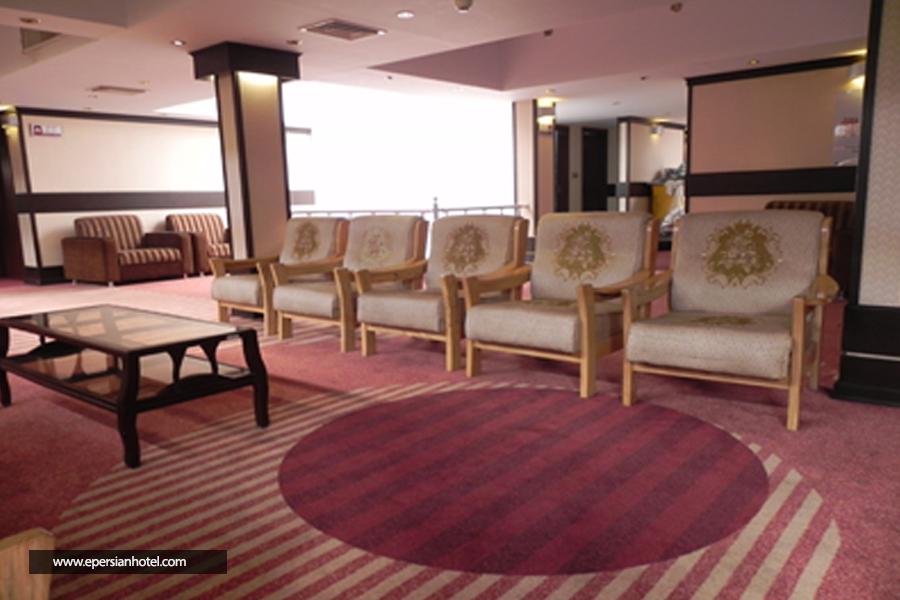 هتل کریمه قم لابی