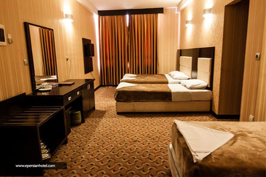 هتل کریمه قم اتاق سه تخته