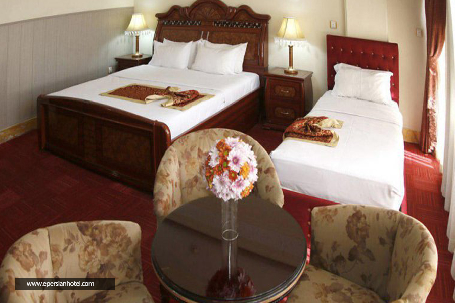 هتل خورشید قم اتاق سه تخته