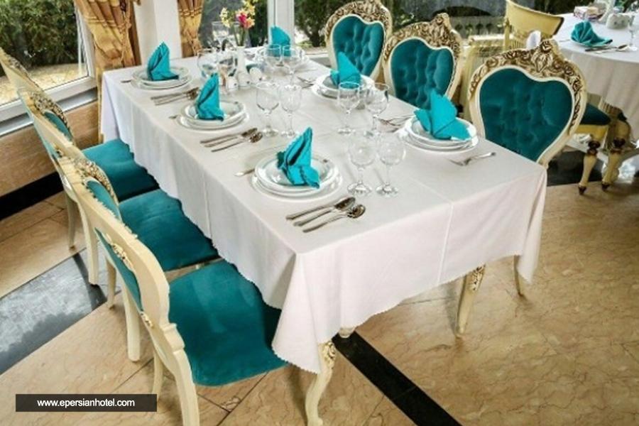 هتل جهانگردی لاهیجان رستوران