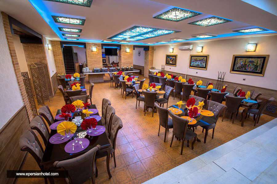 هتل بوعلی همدان رستوران