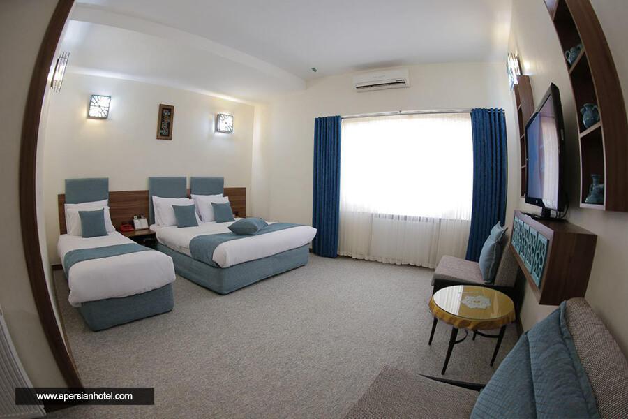 هتل بوعلی همدان اتاق سه تخته