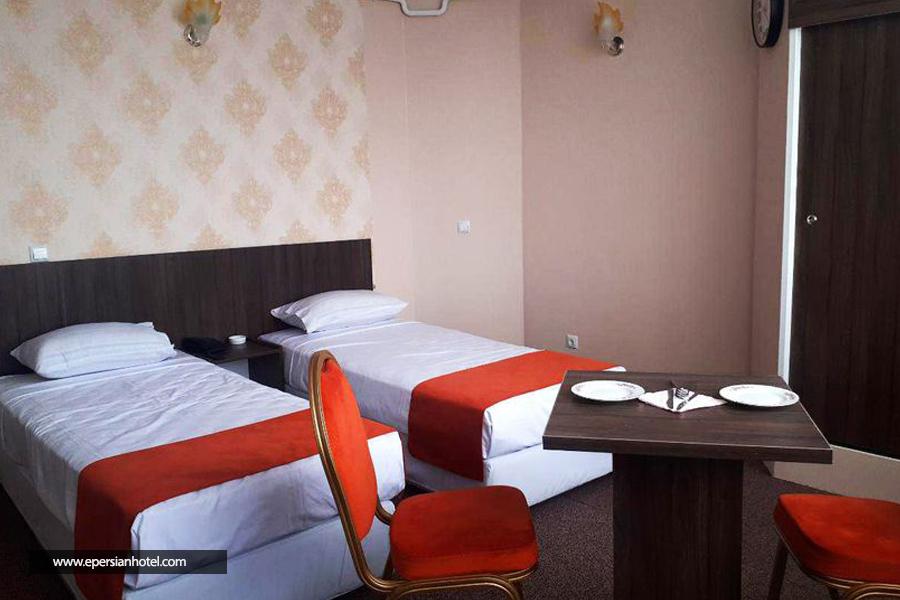 هتل خاتم class=