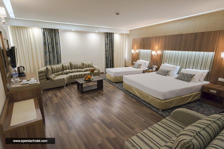 هتل پارسیان آزادی همدان اتاق