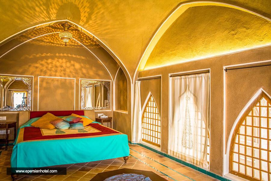 هتل سرای عامری ها کاشان اتاق لاله