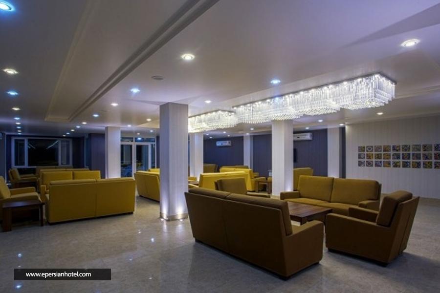 هتل هزار کرمان لابی