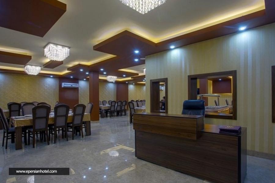 هتل هزار کرمان رستوران