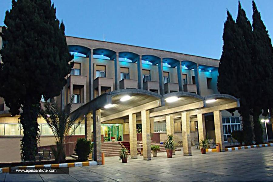 هتل جهانگردی کرمان نما