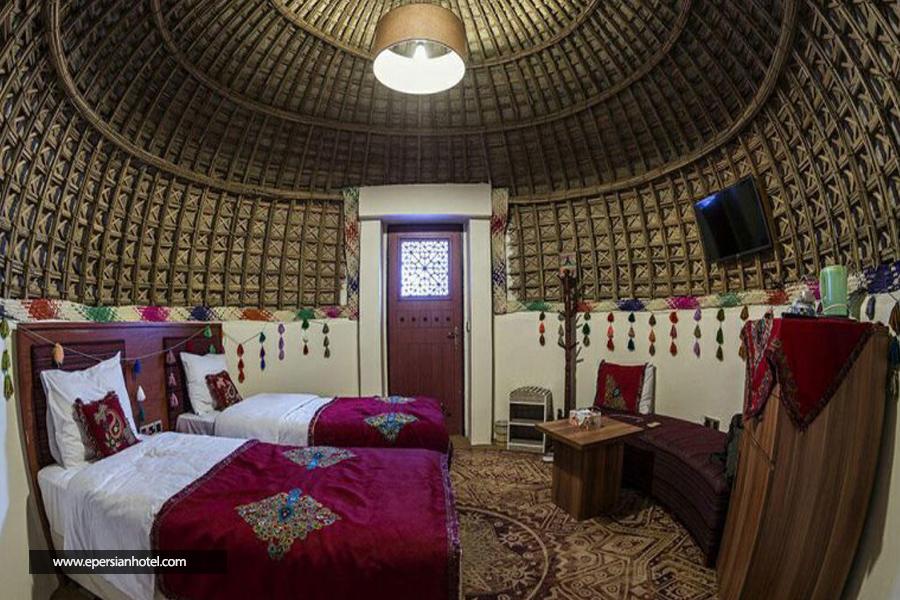 هتل کپری قلعه گنج کرمان اتاق دو تخته