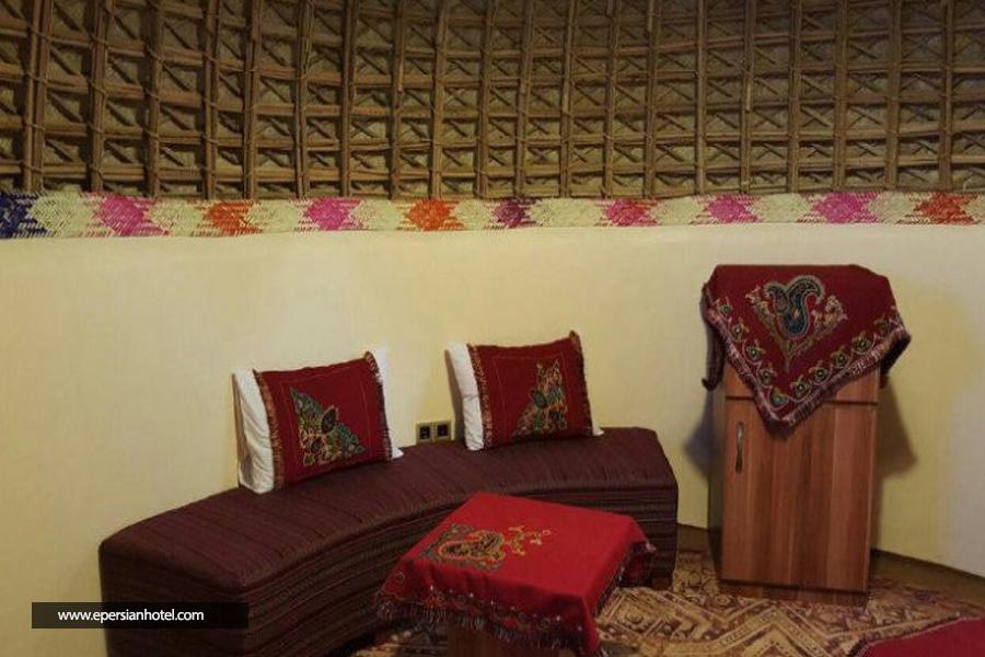 هتل کپری قلعه گنج کرمان اتاق