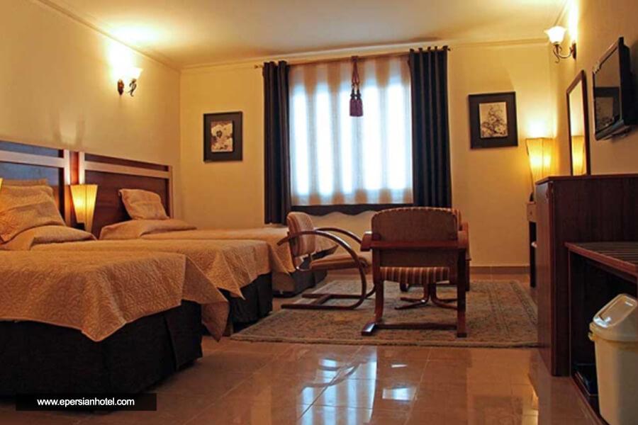 هتل هلیا کیش اتاق سه تخته