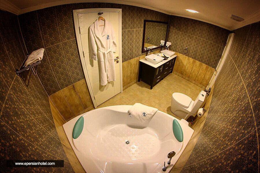 هتل ترنج کیش حمام