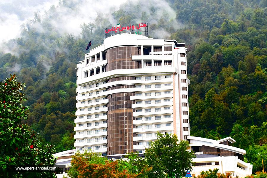 هتل ونوس پلاس چالوس نما
