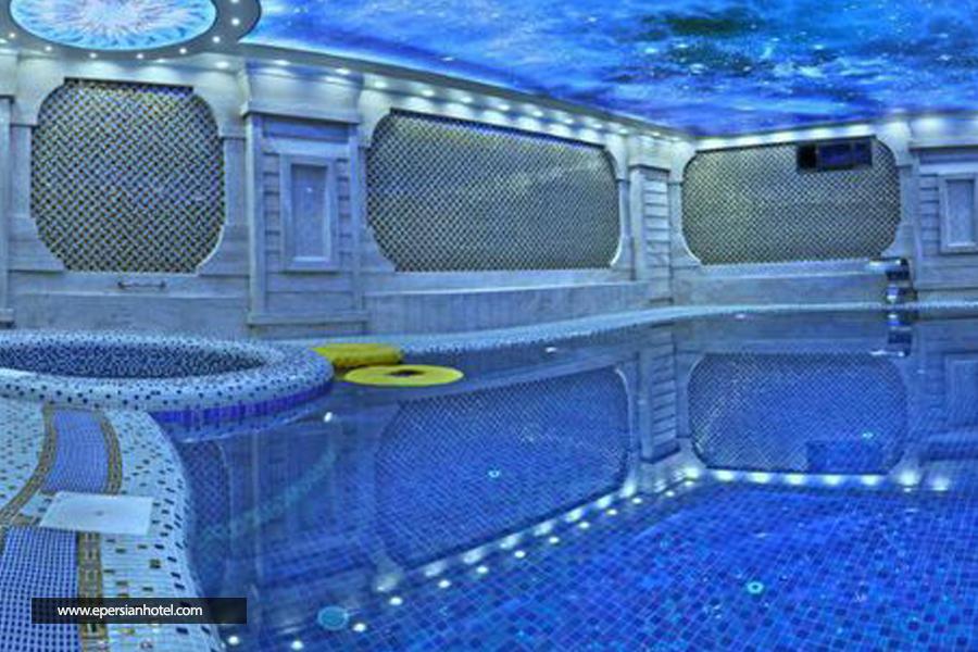 هتل آریا ارومیه استخر