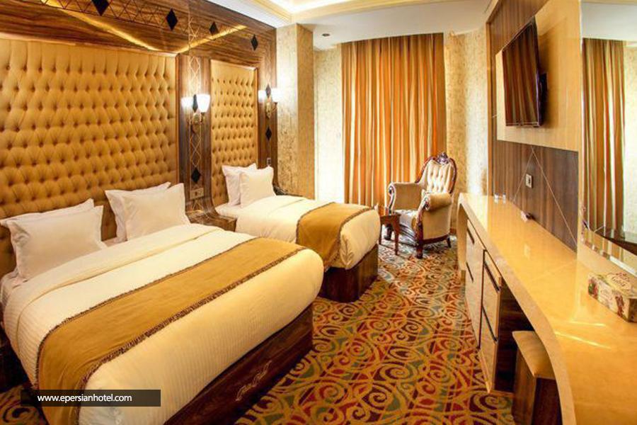 هتل آریا ارومیه اتاق سه تخته