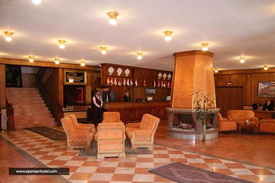 هتل شادی سنندج لابی