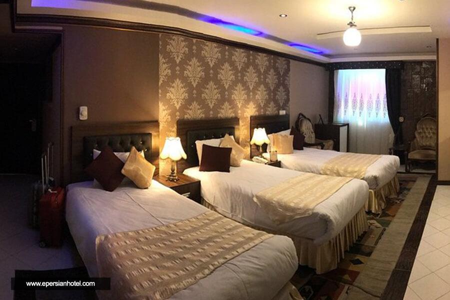 هتل کریم خان شیراز اتاق سه تخته