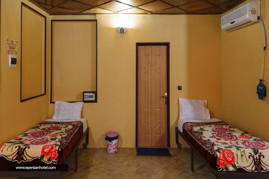 هتل سنتی نیایش شیراز اتاق دو تخته