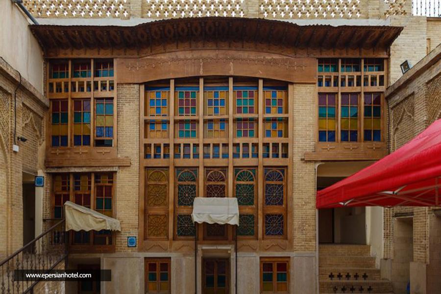 هتل سنتی نیایش شیراز نما