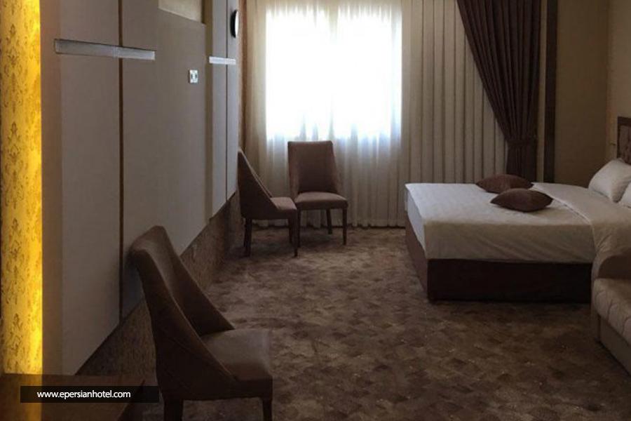 هتل ازادی class=