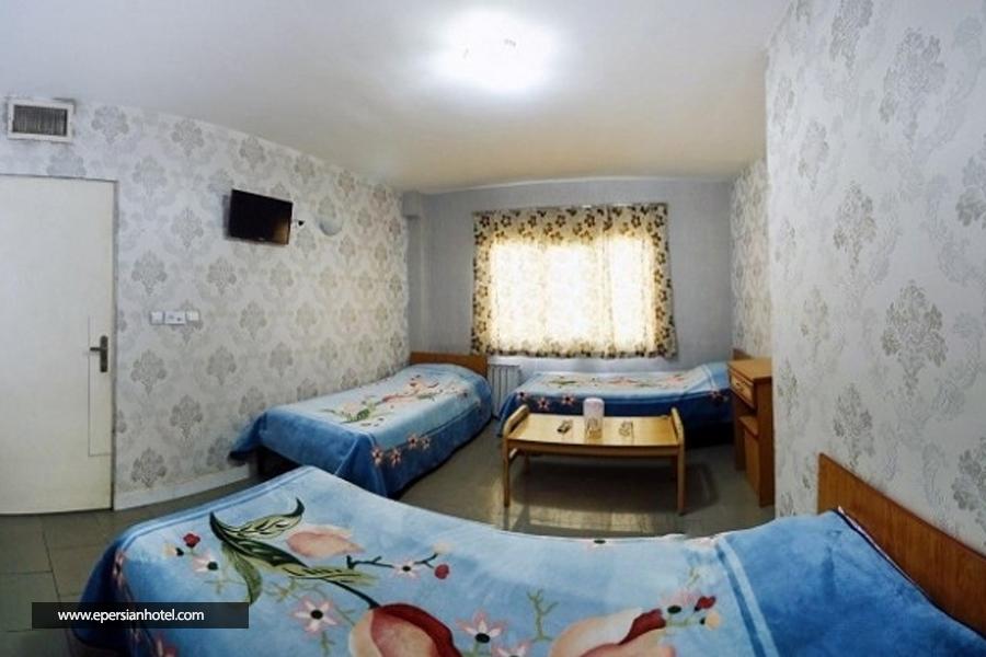 هتل آپارتمان رضا تهران اتاق سه تخته
