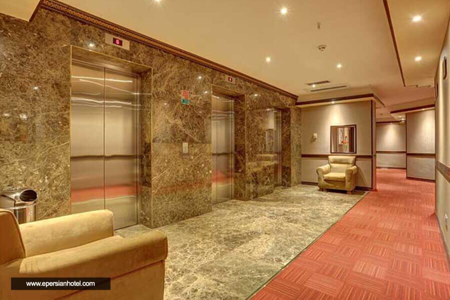 هتل بزرگ 2 تهران راهرو