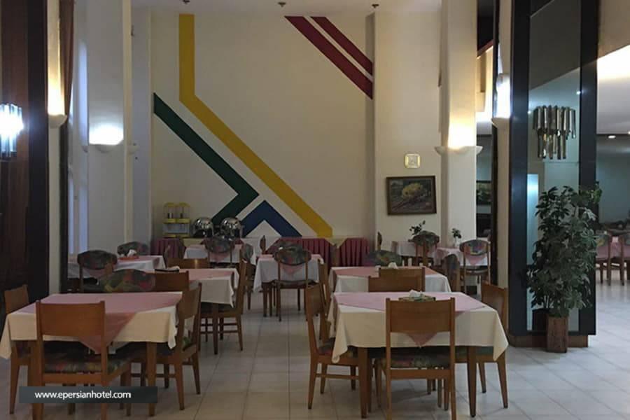 هتل نادری نو تهران رستوران