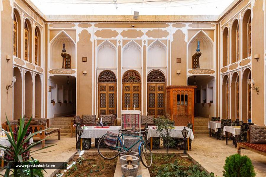 هتل سنتی فهادان یزد نما