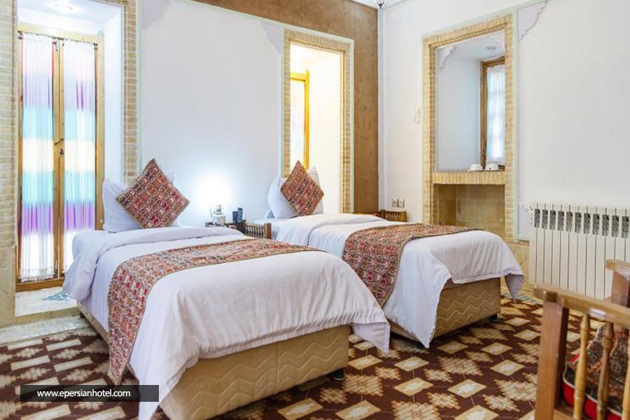 هتل مشیرالممالک یزد اتاق دو تخته