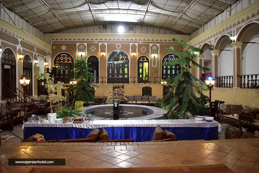 هتل سنتی رز یزد نمای داخلی