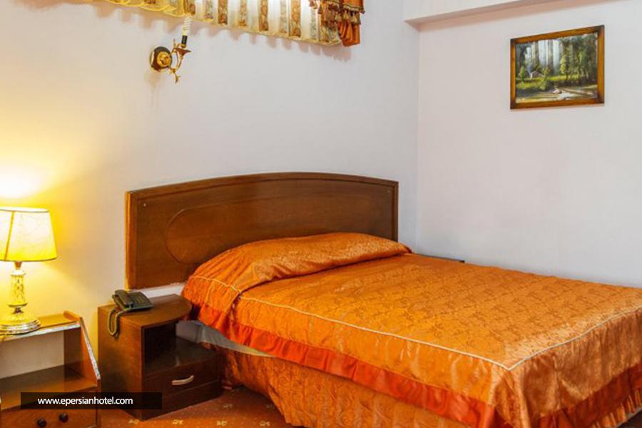 هتل تهرانی یزد اتاق دوتخته