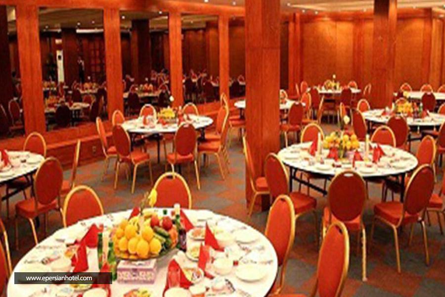 هتل بزرگ زنجان رستوران