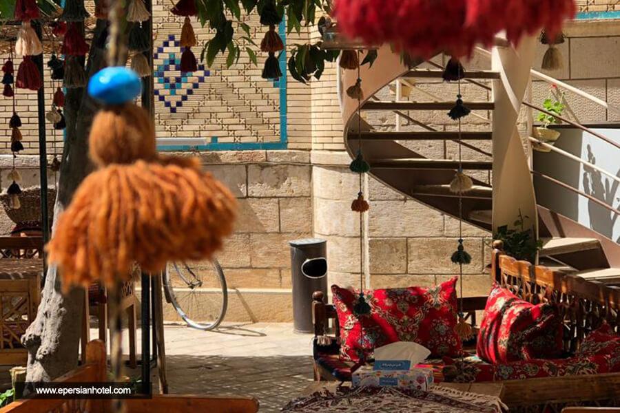 هتل پنج دری شیراز لابی