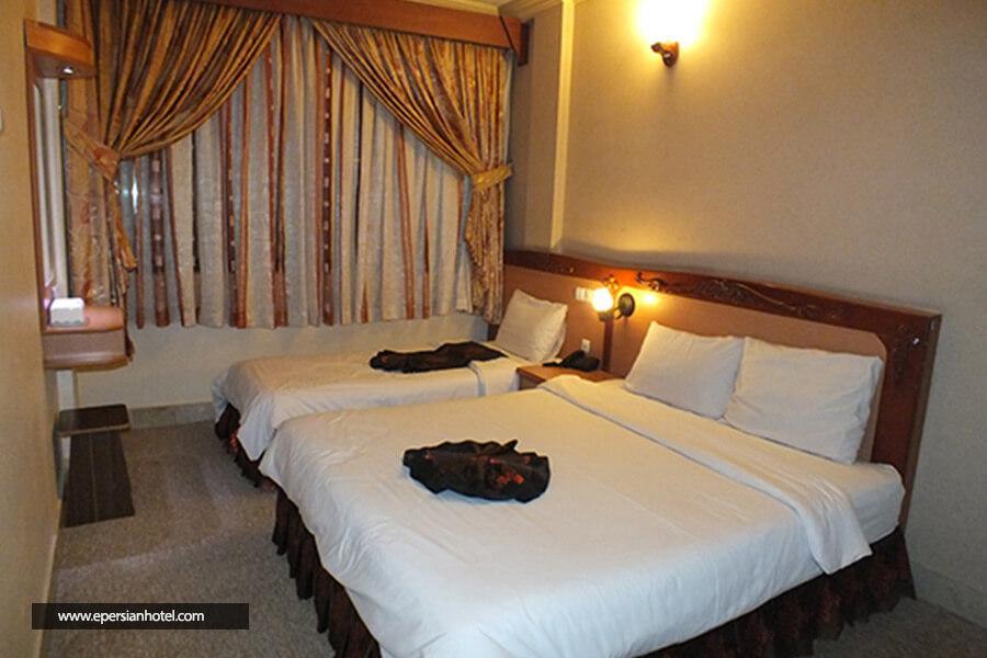 هتل پارمیدامشهد اتاق سه تخته