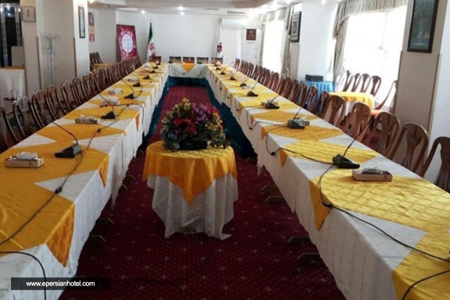 هتل پارسیان آزادی یاسوج سالن همایش
