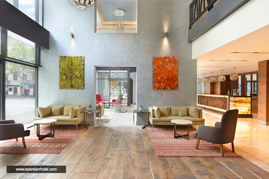 هتل رامادا انکور تفلیس لابی