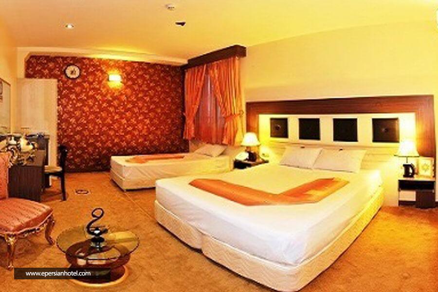 هتل شرکت نفت مشهد اتاق سه تخته