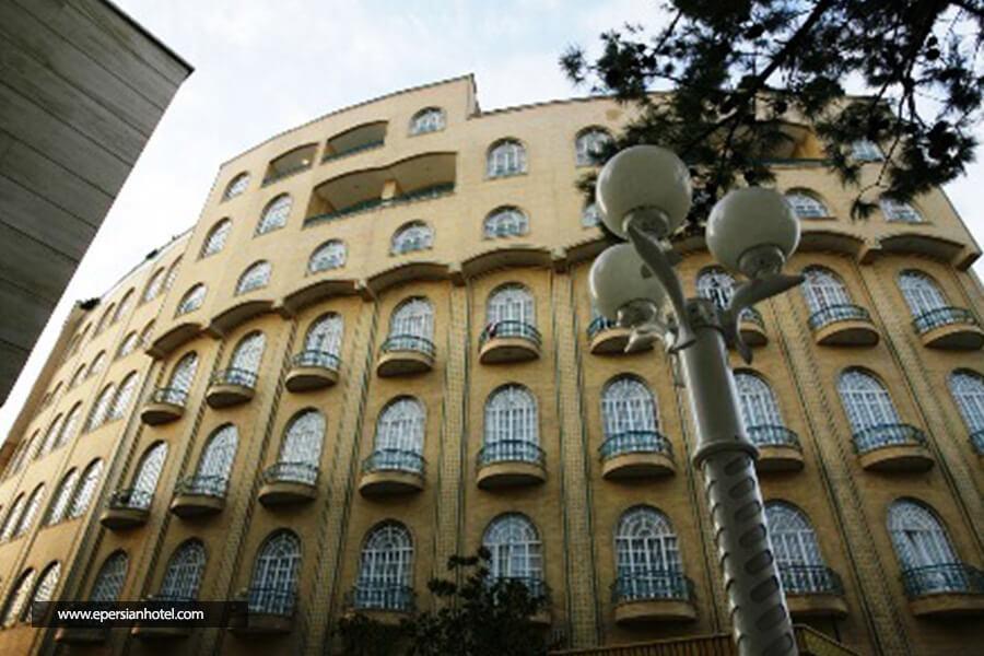 هتل شرکت نفت مشهد نمای بیرونی