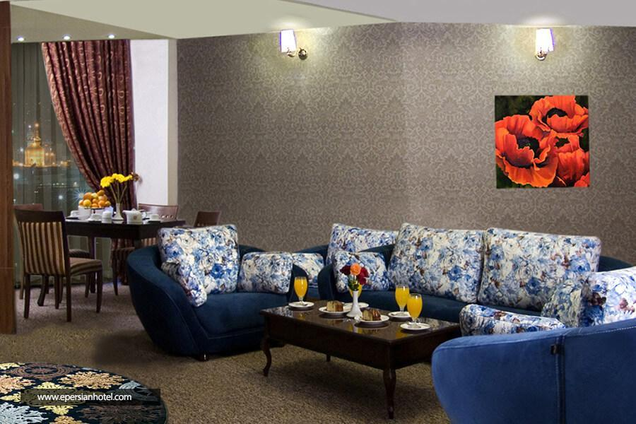 هتل سی نور  مشهد class=