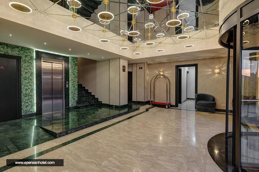 هتل سولو پالاس تفلیس لابی