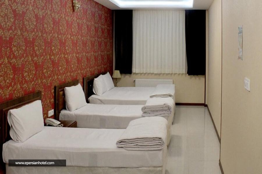 هتل آپارتمان تابش مشهد اتاق چهار تخته