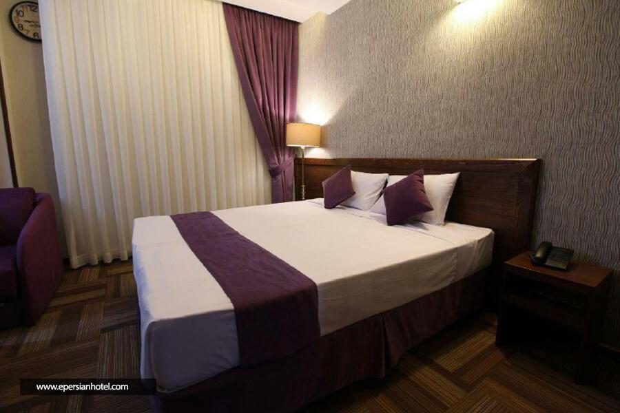 هتل تبریز مشهد اتاق دو تخته