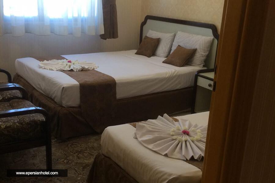 هتل آپارتمان ترنم مشهد اتاق سه تخته