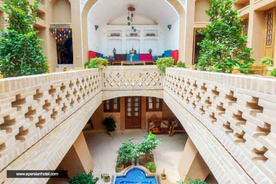 هتل سنتی یزدان گرد یزد نما